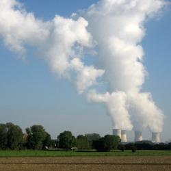 Französisches Atomkraftwerk Cattenom, Foto: Maarten Sepp [CC BY-SA 3.0 (https://creativecommons.org/licenses/by-sa/3.0)]