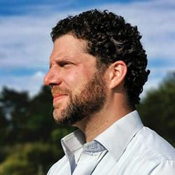 Dr. med. Alex Rosen ist Co-Vorsitzender der IPPNW.