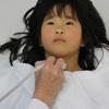 Schilddrüsenuntersuchung in der Fukushima-Klinik. Foto: Ian Thomas Ash, www.documentingian.com