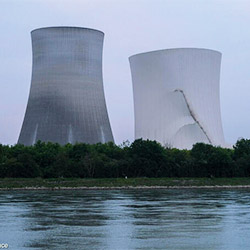 AKW Philippsburg, Sprengung der Kühltürme 2020. Foto: © Bernd Hartung / Greenpeace
