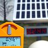 Der Geigerzähler misst deutlich höhere Werte als die offiziellen Messstellen. Foto: Neureuther.